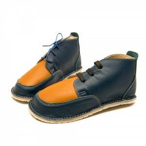 Barefoot boots Fox in blue and camel with laces